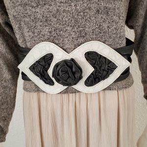 Vintage Black White Leather Roses Belt